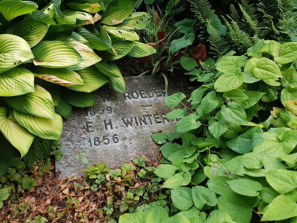 Grab Elisabeth Winterhalter Ottilie Roederstein Hofheim Waldfriedhof