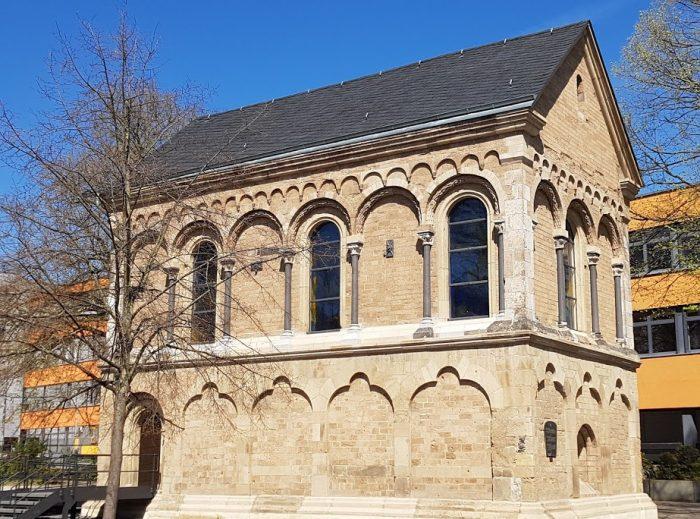 Alte St. Michaels-Kapelle am Standort des ehemaligen Klosters St. Thomas, Andernach
